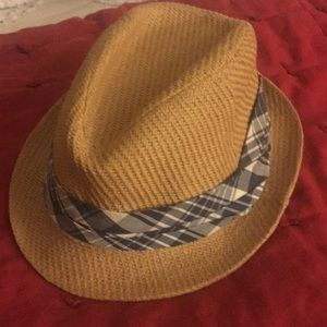 Fedora. Perfect condition.